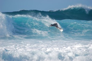 Surfer_at_Banzai_Pipeline,_North_Shore_(Oahu)